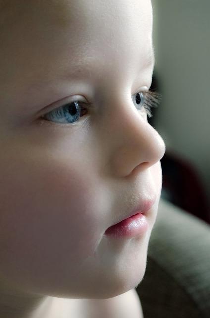 Studies Explore Lack of Eye Contact in Autism