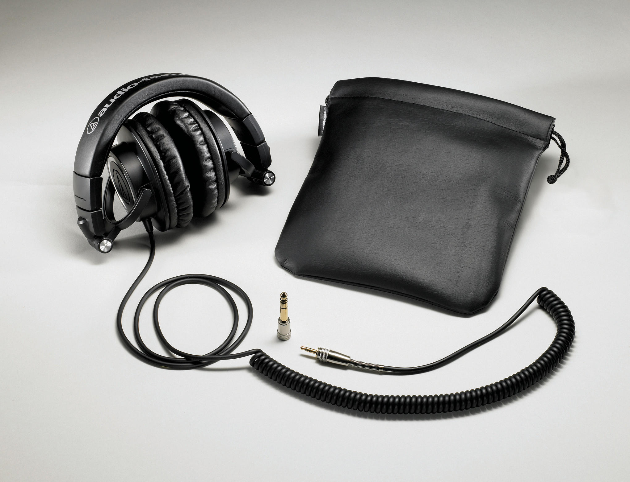 Enter The Paradise Clean Sounds With Audio Technica ATH M50 Headphones