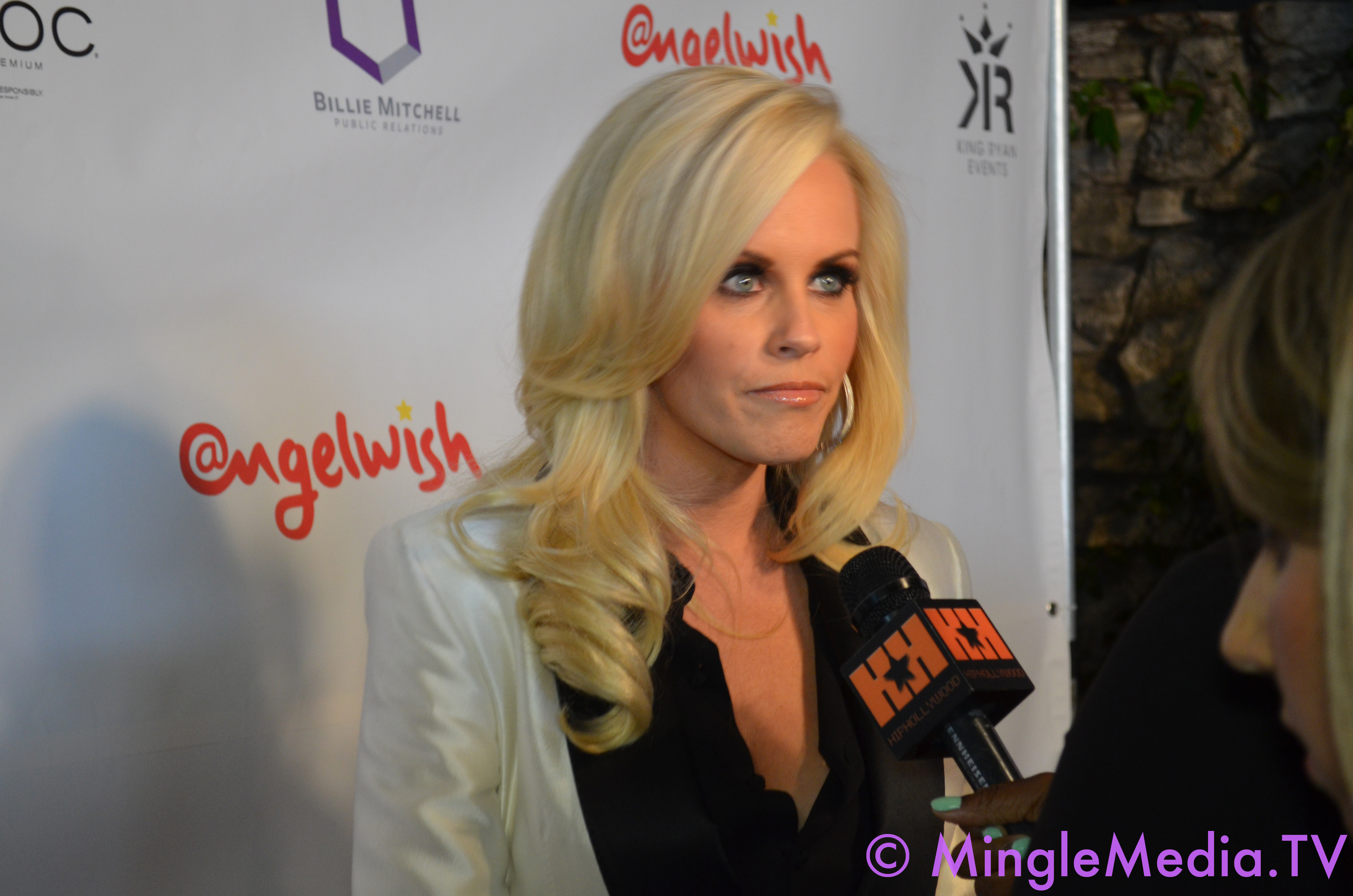 HPV campaigner Katie Couric compared to autism vaccine campaigner Jenny McCarthy by The Washington Times