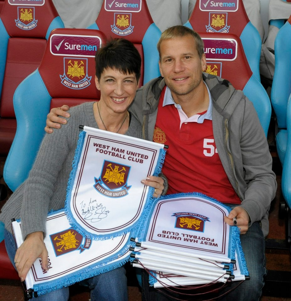 West Ham United Support Autism Charity Anna Kennedy Online