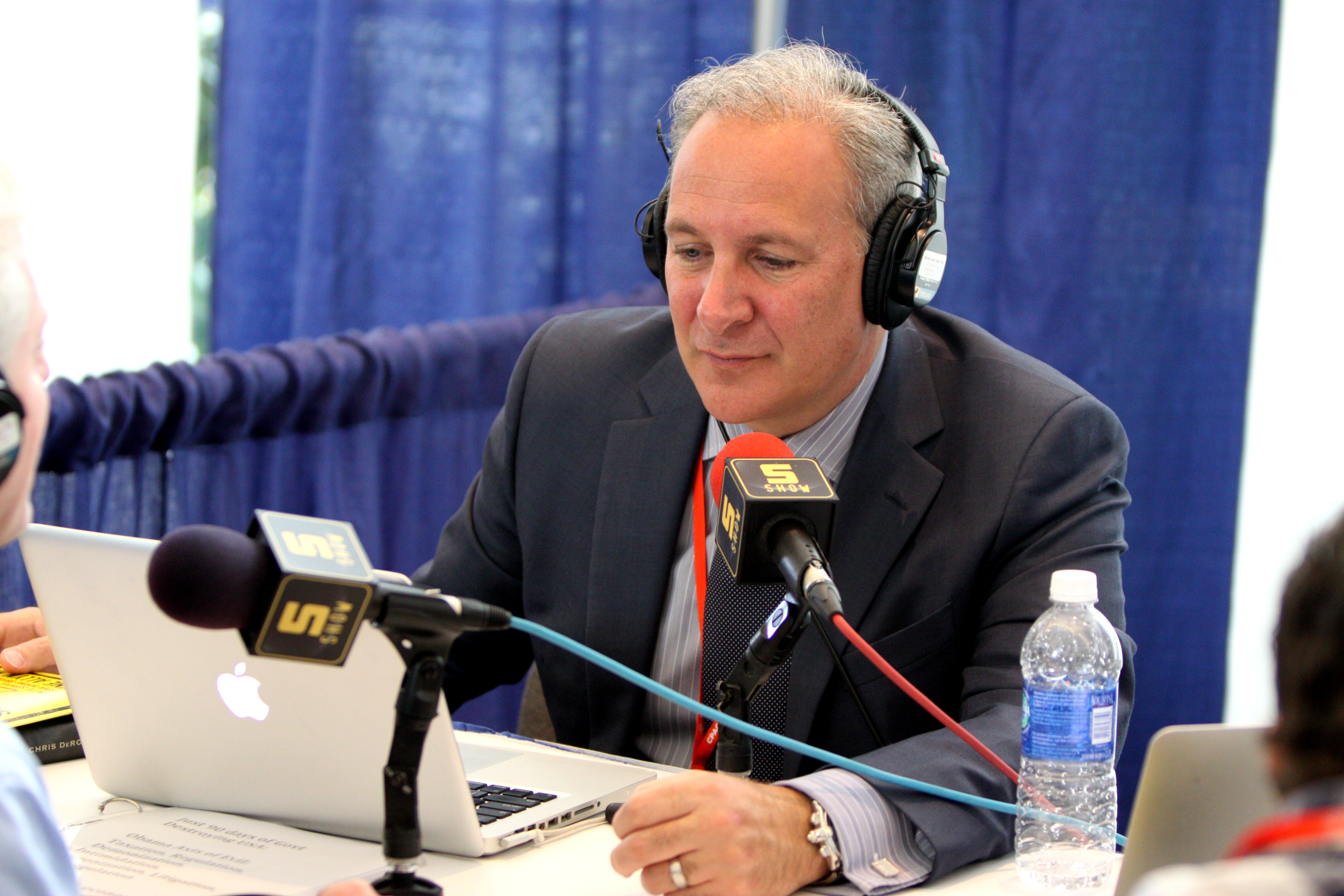 """""""The daily show manufactured my comments"""": EXCLUSIVE interview with Peter Schiff"""
