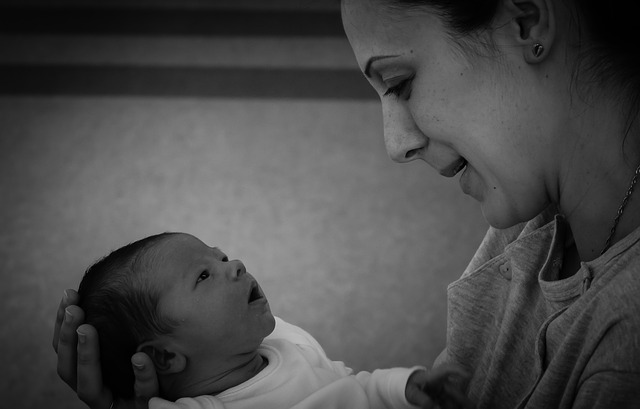 Neonatal jaundice and the risk of autism