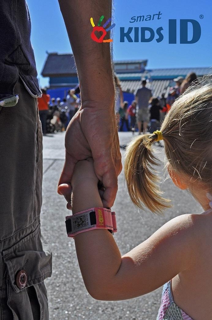 SmartKidsID – Identity Bracelets Keep Children with Autism Safe