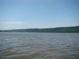 Yomkers, Hudson River