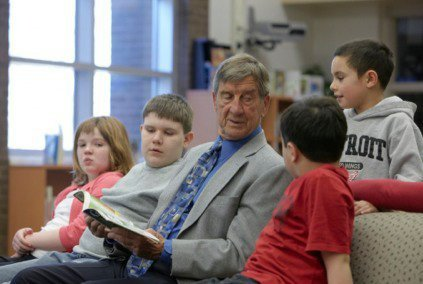 Hockey Legend Ted Lindsay Raises Autism Awareness and Funds