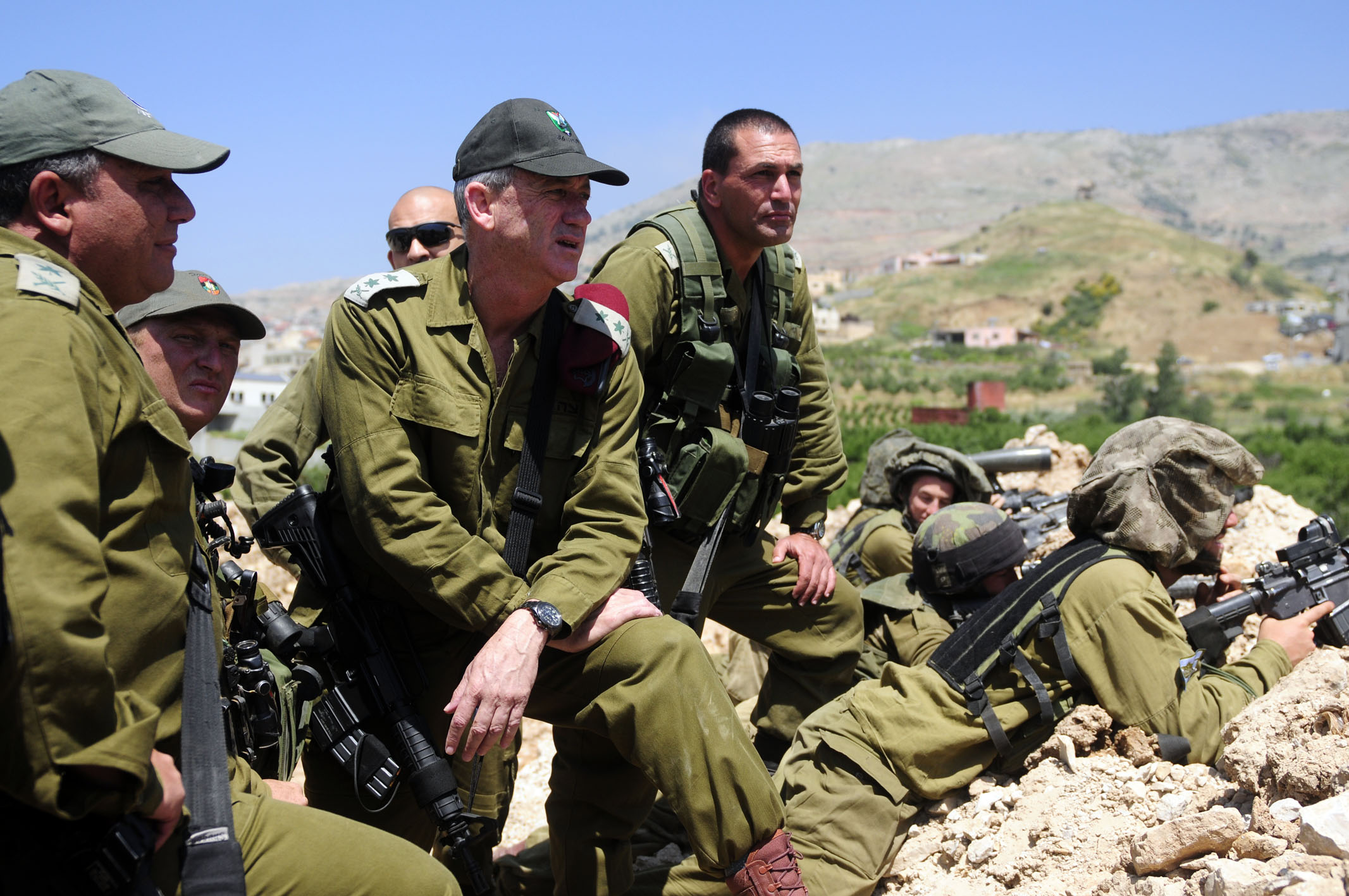 Teens with autism join Israeli Army to decipher aerial photos