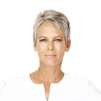 Jamie Lee Curtis tells students with autism to 'aim high'