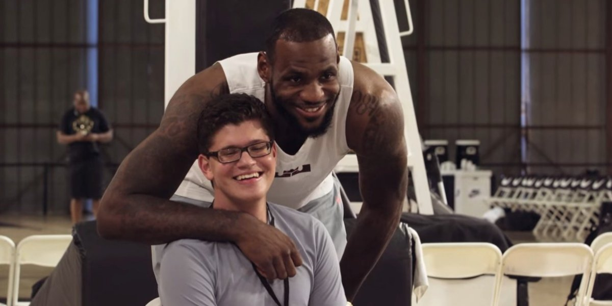 Nike creates Flyease shoes for individuals with disabilities – w/video